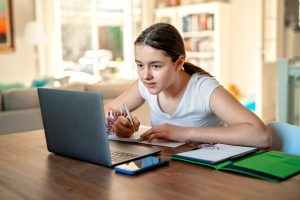 Tips For Homeschooling Kids During The COVID-19 Outbreak